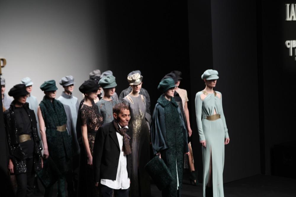 Foto de Jesús del Pozo en la Cibeles Fashion Week Otoño-Invierno 2011/2012 (55/71)