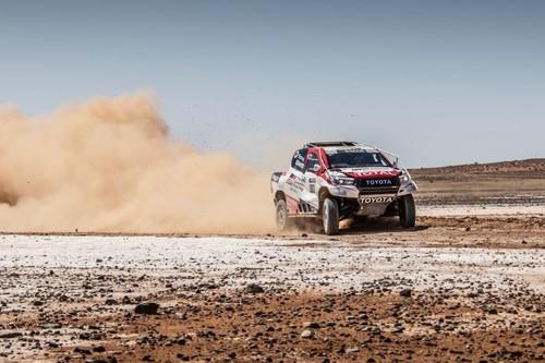 Fernando Alonso ante el reto imposible: un coche nuevo, navegación y mucha arena le esperan en el Dakar