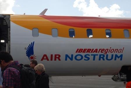 A los niños les encantan los aviones y además en Air Nostrum los podrán ver desde muy cerca