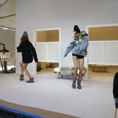 Foto 10 de 19 de la galería las-botas-ugg-se-reinventan-para-lucir-los-pies-mas-calentitos-con-mucho-estilo-y-copiando-a-las-it-girls en Trendencias