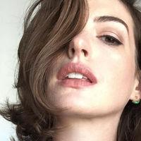 Hackean a Anne Hathaway y filtran sus fotos íntimas en Internet