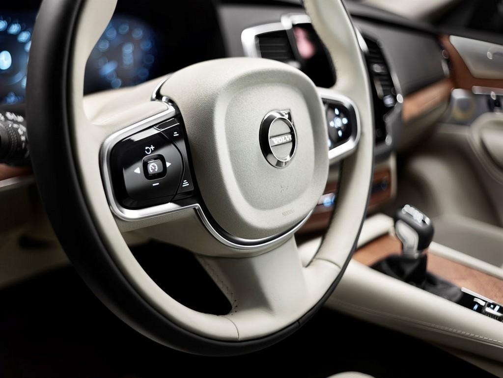 Foto de Volvo XC90, interior (23/39)