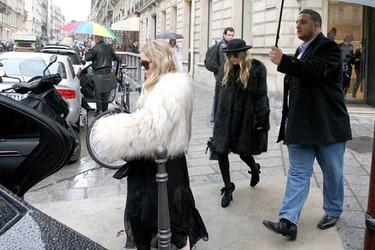 El excéntrico estilo de las gemelas Olsen contra el clásico de Kate Moss