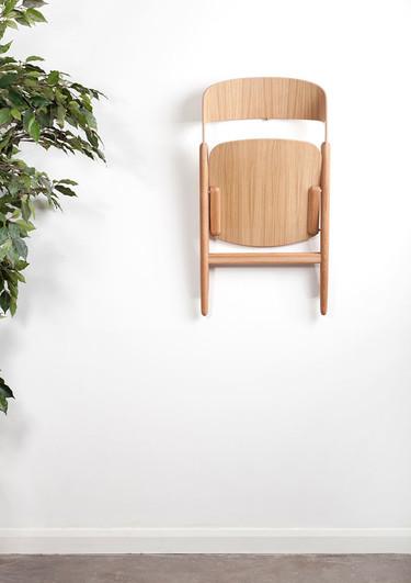 ¿Una silla plegable y con un diseño moderno? Póngame 10
