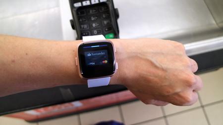 74b2e7e8b Fitbit Versa, análisis: review con características, precio y ...