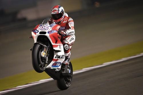 Andrea Dovizioso mantiene a Ducati en lo alto de la tabla el segundo día de test en Catar
