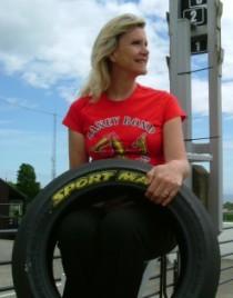 A subasta el neumático del récord de McGuinness