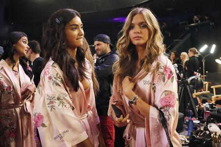 Nos colamos en el backstage de Victoria's Secret: así se preparan ellas para el gran desfile del año