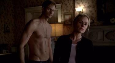 Alexander Skarsgard debe de tener mucho calor en la nueva temporada de True Blood...