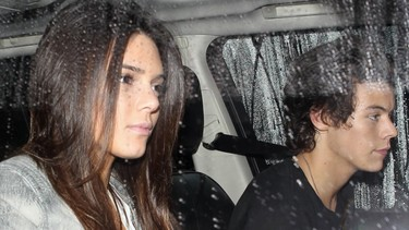 Harry Styles y Kendall Jenner  se hacen muy amiguitos...