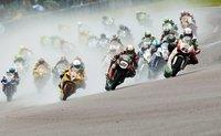 British Superbikes 2011: Alex Lowes revoluciona y Shakey Byrne apuesta por la regularidad