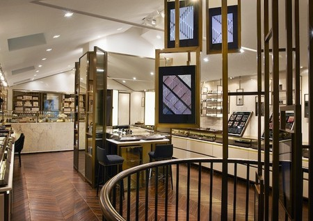 burberry beauty box interior