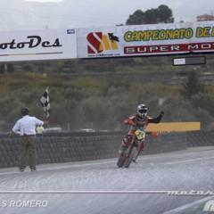 Foto 36 de 63 de la galería albaida-despide-el-campeonato-de-espana-de-supermotard-2011 en Motorpasion Moto
