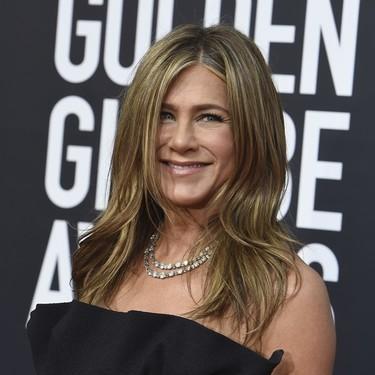 Nosotras también podemos hacernos (sin gastar un pastizal) con la crema de noche de Jennifer Aniston