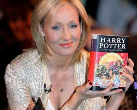 """La saga de libros """"Harry Potter"""" llega en formato digital a las plataformas móviles"""