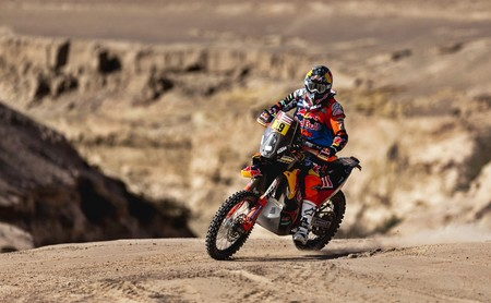 Antoine Meo aprovecha las pistas rápidas y vence la sexta etapa del Dakar 2018. Benavides se pone líder