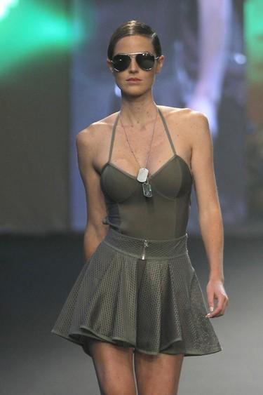 Bikinis, trikinis y bañadores en la primera jornada de Swimwear Fashion Week Moda Cálida