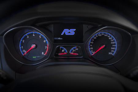 Ford Focus RS cuadro mandos