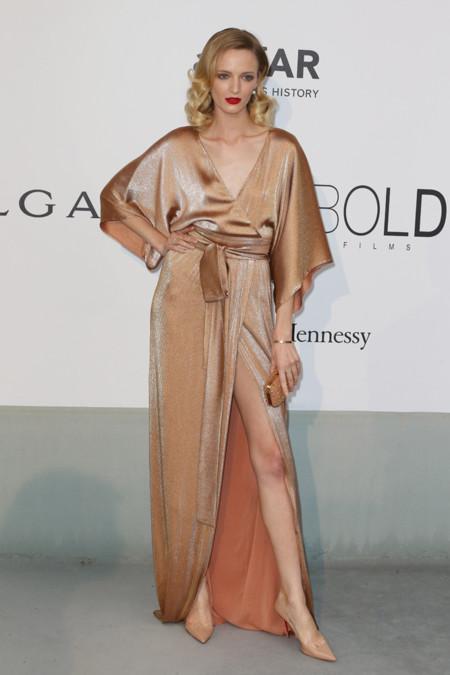 Daria Strokous amfar Cannes 2014