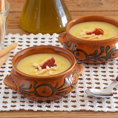 Crema bretona de alubias blancas y puerros: la receta más sencilla para disfrutar del cuchareo de legumbres y verduras