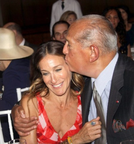 Repetimos (en inglés): Carrie we miss you. Óscar de la Renta nos la trae