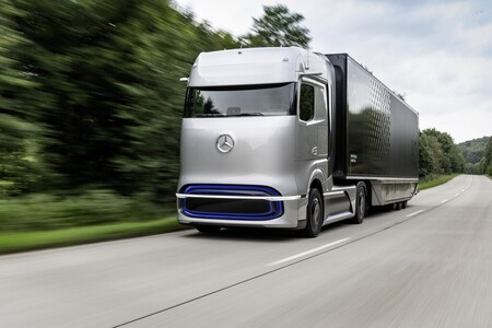 Daimler y Volvo ya son imparables: fabricarán en masa camiones de hidrógeno sin trabas de Bruselas