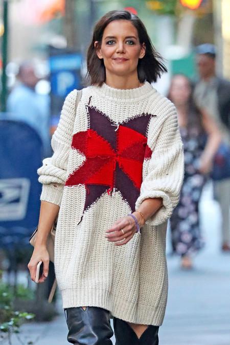 No se trata de una street styler, tan solo de Katie Holmes y su look más cañero