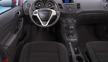Ford Fiesta 2013 Sync Edition 03