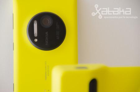 Lumia con carcasa