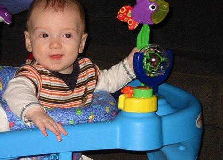 edad de bebe para usar andadera