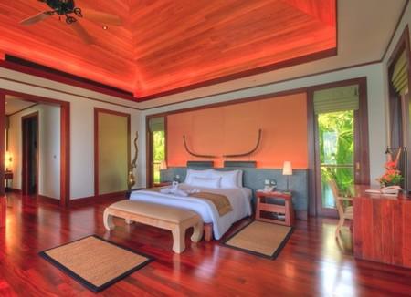 Luxury-Villa-Phuket-Thailand-03.jpg
