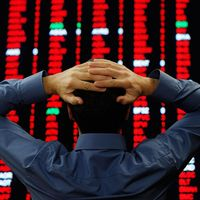 Historia negra de la bolsa: El Ibex firma su peor trimestre en medio del pánico bursátil