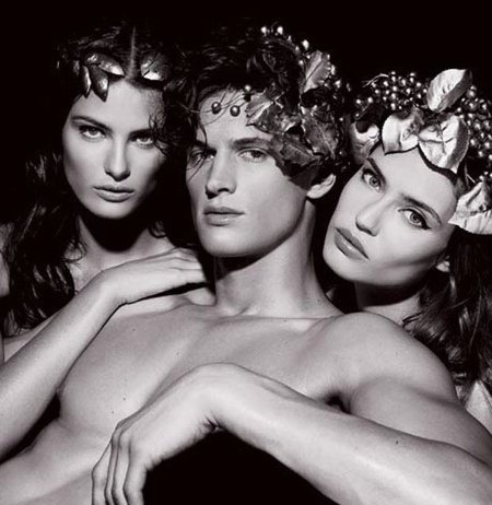 El calendario Pirelli 2011 by Karl Lagerfeld