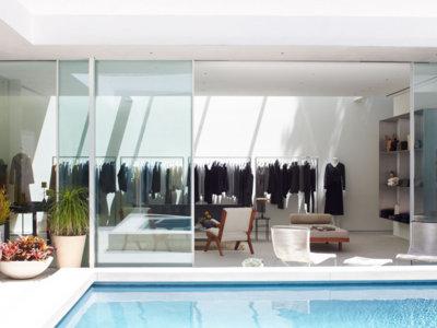 Casas de famosos: la espectacular tienda de las hermanas Olsen en Los Ángeles