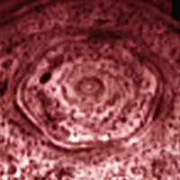 Imágenes del enigmático hexágono de Saturno