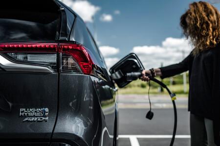 Toyota RAV4 Plug-in 2021, precios para España