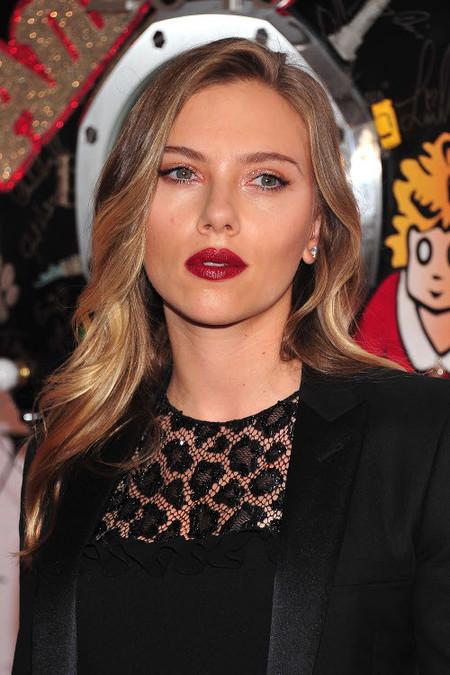 Las celebrities apuestan por los labios burdeos para este verano