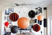Puertas abiertas: una casa decorada para Halloween a la que no le falta detalle