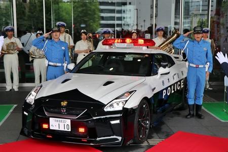 Delincuentes, cuidado con Godzilla. La policía de Japón estrena un Nissan GT-R como coche patrulla