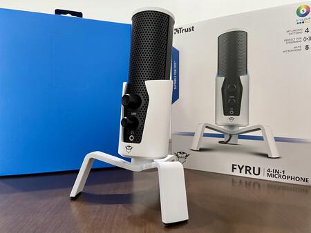 Análisis del micro Trust GXT 258W Fyru: un micrófono notable con la vista puesta en PS5