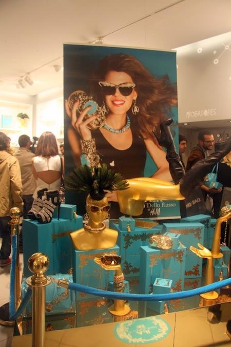 La preventa de Anna Dello Russo para H&M entre famosos y brillos en la Gran Vía