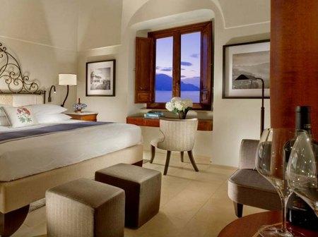 monastero-santa-rosa-amalfi-suite.jpg