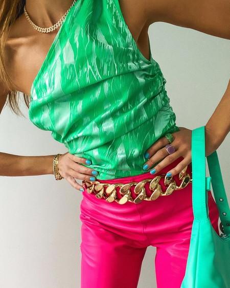 Distintas maneras de combinar un mismo pantalón (a todo color) y marcar la diferencia a cada salida