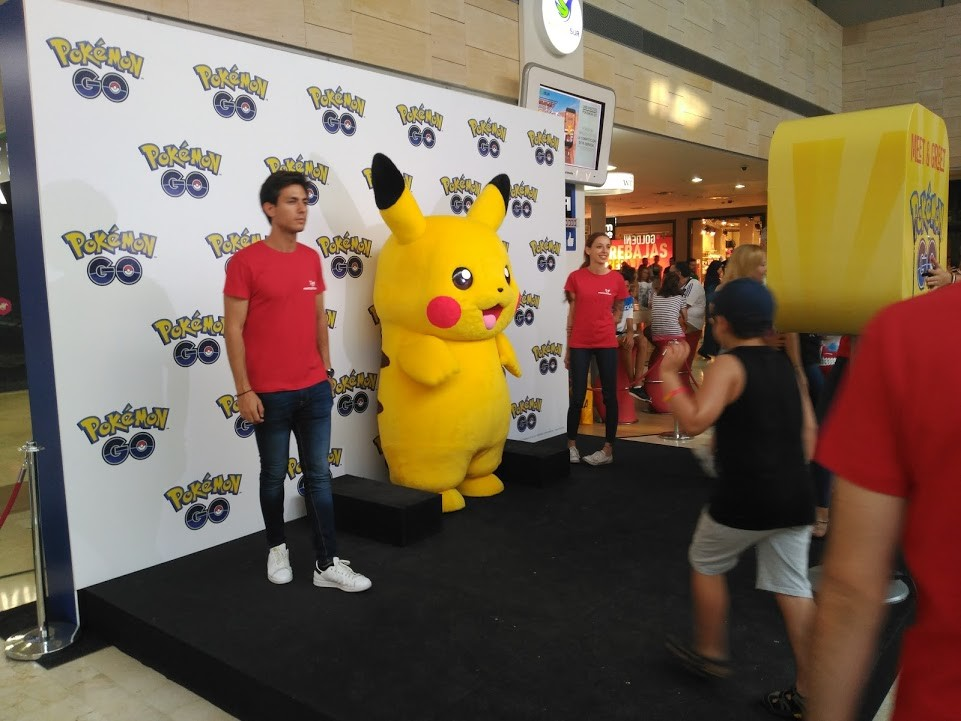Pokemon Go Meet Greet 03