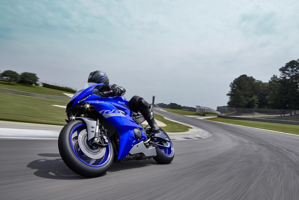 Foto de Yamaha R6 RACE 2021 (8/9)