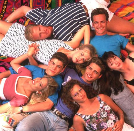 Sensación de Vivir: los mejores looks de los 90 para inspirarnos hoy