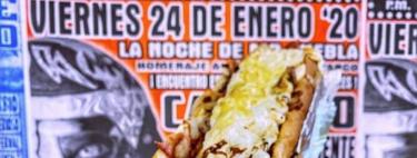 Hot dogs de hasta 2 kilos y varias carnes afuera de la Arena México de la CDMX