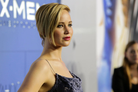 Jennifer Lawrence deja Dior por un día y se pasa a Jason Wu