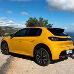 Probamos el nuevo Peugeot 208: un coche utilitario ahora con instrumentación 3D y de lo más divertido en su versión de 130 CV