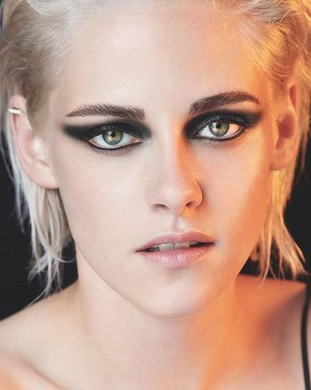 Chanel Summer 2017 Ombre Premiere Eyes Kristen Stewart